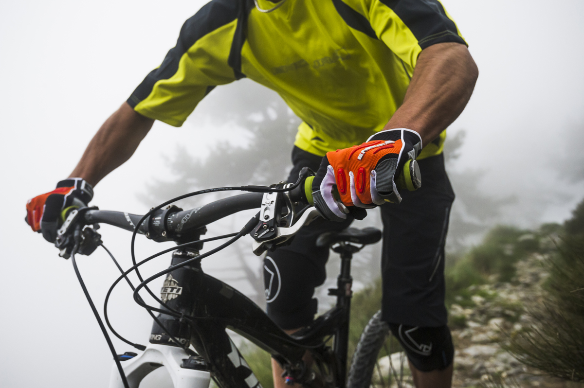 MT500 Glove For Freeride Protection