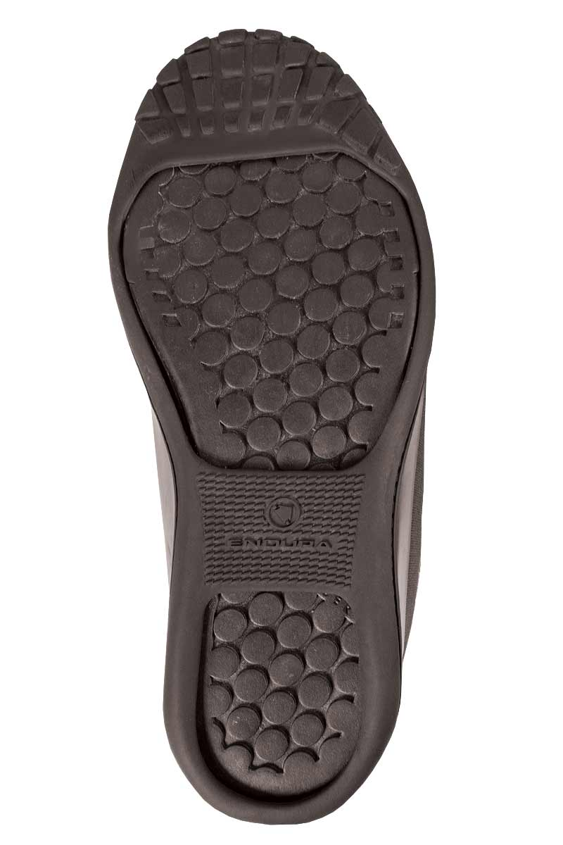 Novel, hardwearing rubber open sole for flat or clipless pedals