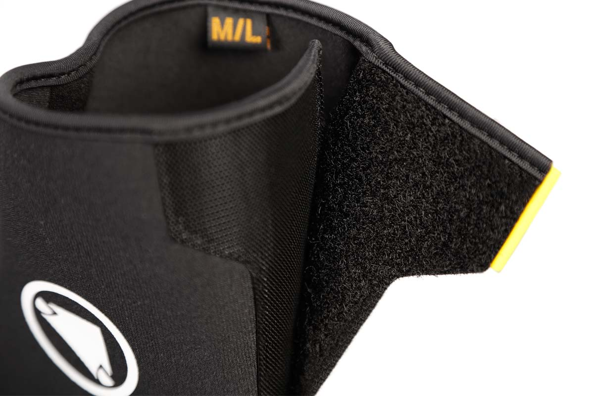 Rear Velcro® closure with fit adjustment