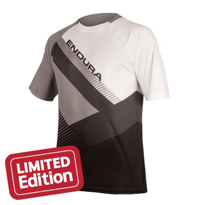 a4afbbb18 Mountain Bike Jerseys. Endura. SingleTrack Print T II. Black