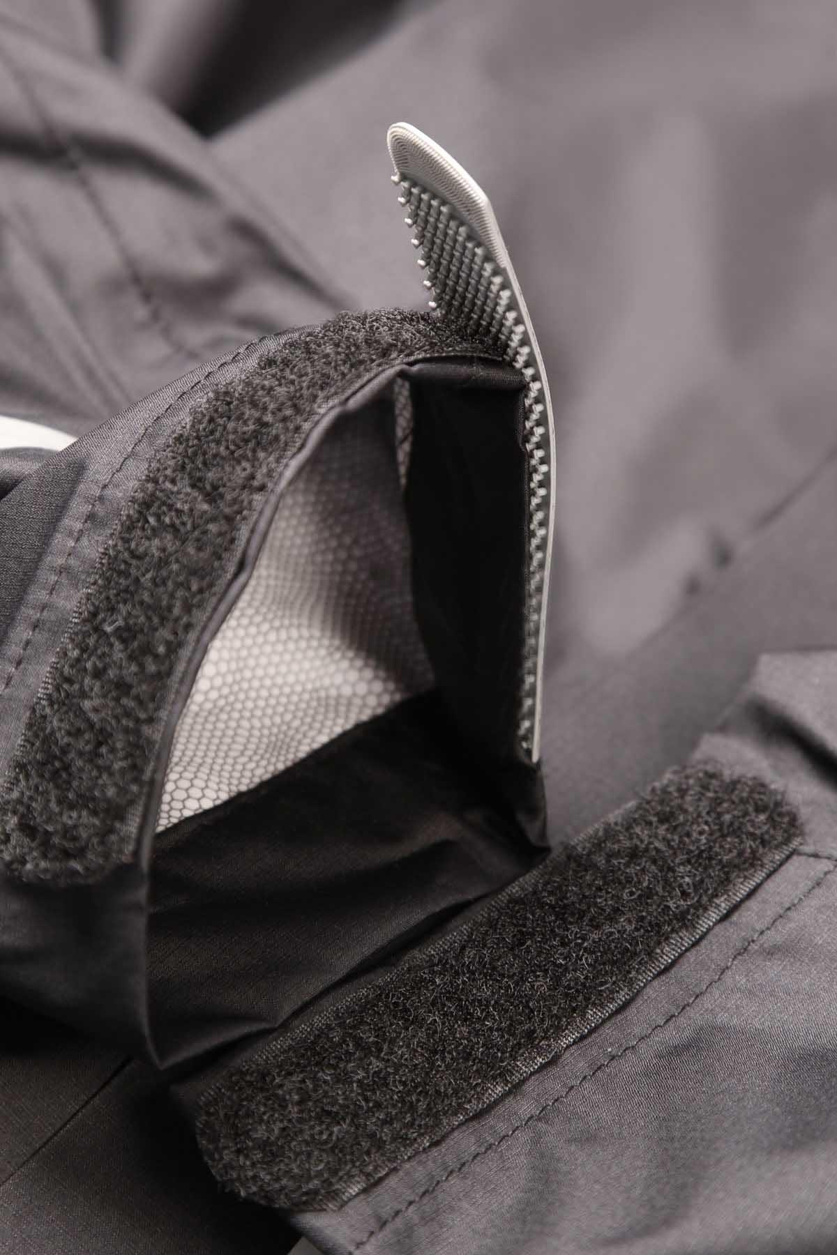 Reflective Velcro® cuff adjusters